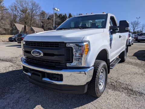 Pre-Owned 2017 Ford Super Duty F-250 Pickup XL
